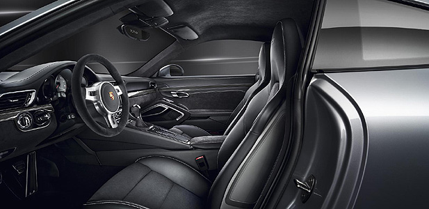Porsche-911-GTS