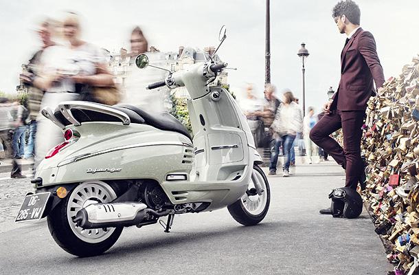 Peugeot-Django