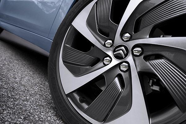 De invierno, verano o para todo tiempo ¿Qué neumáticos necesito?