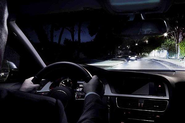 10 claves para una buena visibilidad en la conducción nocturna