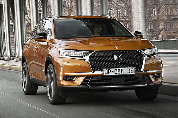 ds-7-crossback-2