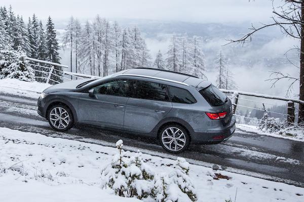 Diez claves para conducir con nieve