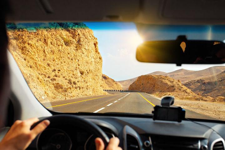 Conducir con calor es tan peligroso como hacerlo bajo los efectos del alcohol