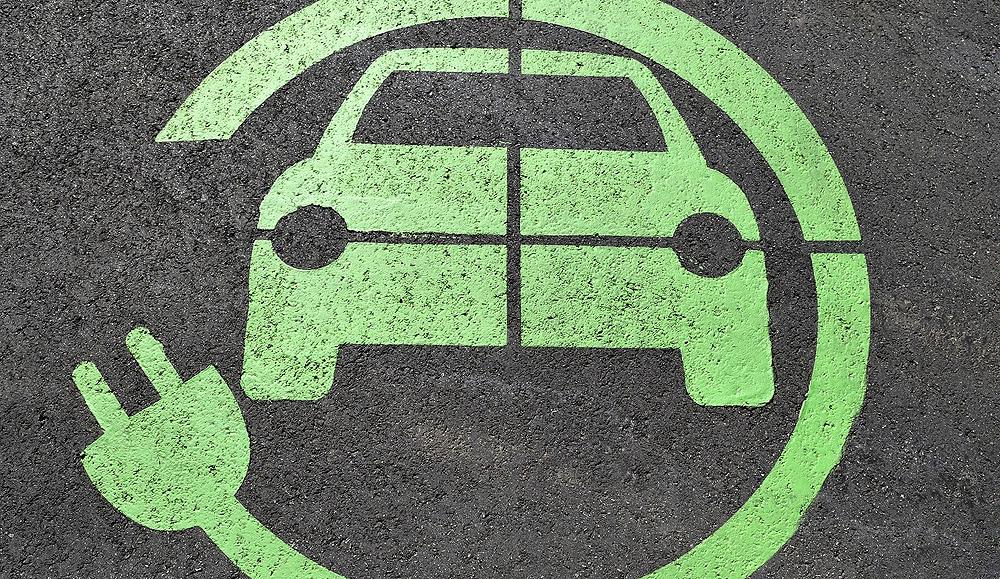 Buscamos coches ecológicos pero compramos los tradicionales