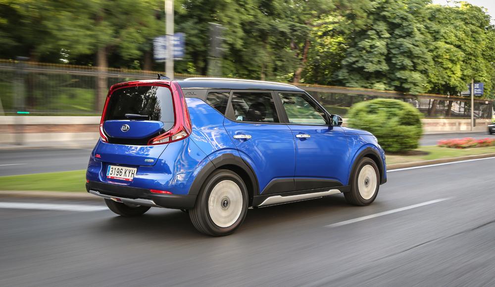Al volante del Kia e-Soul, un SUV eléctrico con 452 km de autonomía