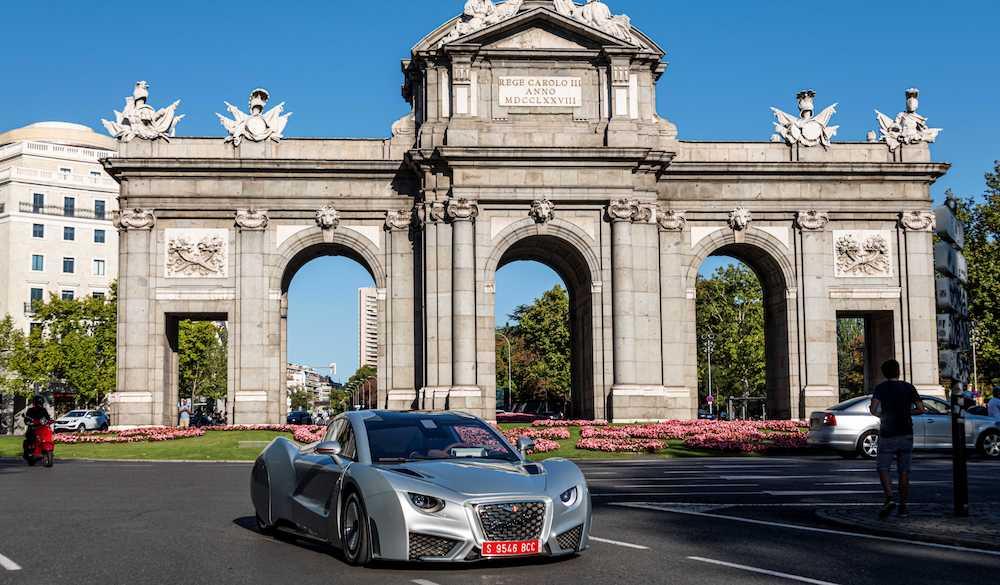 El Hispano Suiza Carmen se pasea por las  calles de Madrid