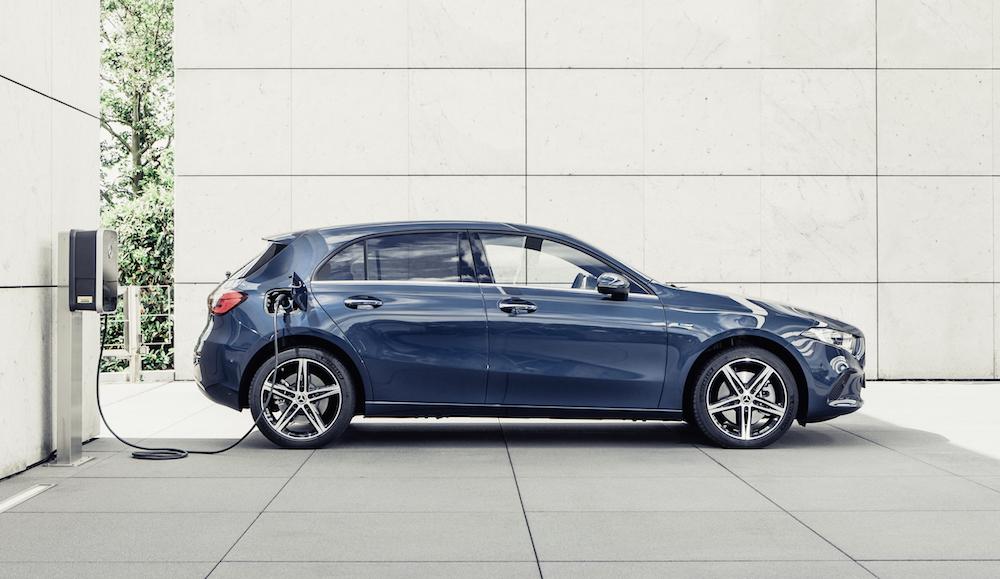Los Mercedes Clase A y Clase B ya tienen sus versiones híbrido enchufable