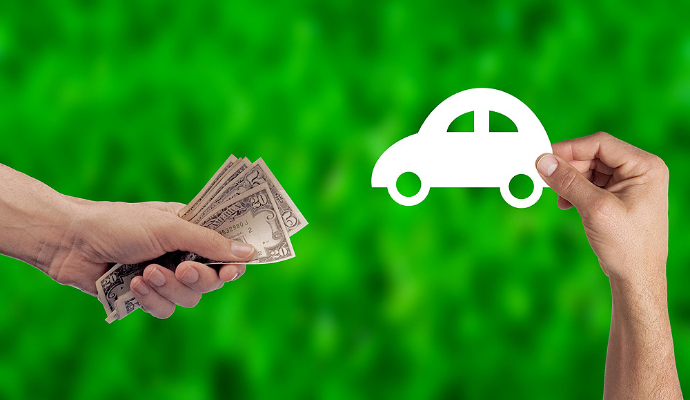 Cómo evitar estafas al comprar un coche a un particular