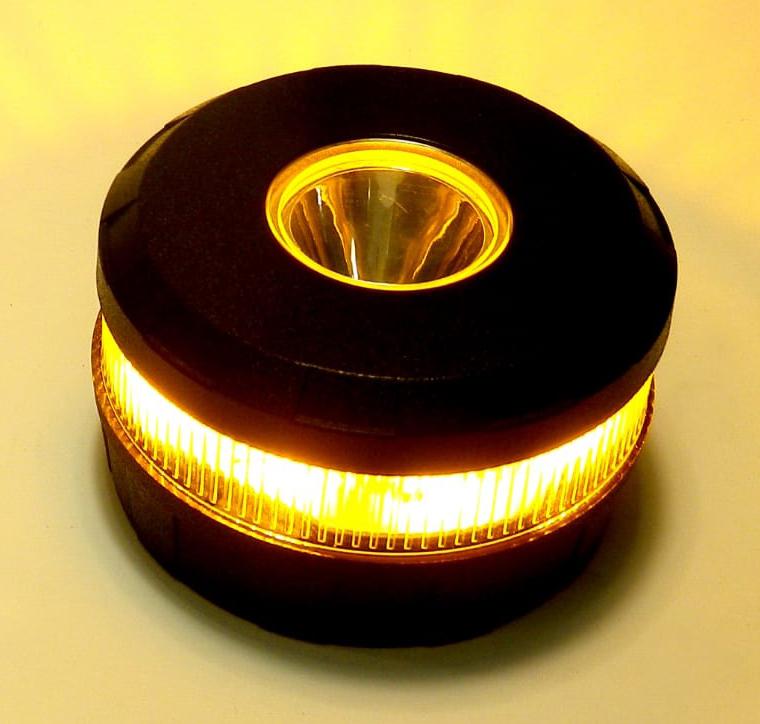 Señal de Emergencia V-16, una luz segura para señalizar un accidente