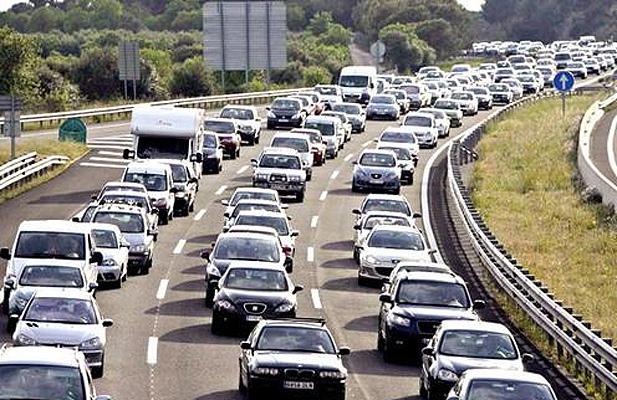 Así es la nueva Ley de Tráfico: Más prohibiciones y multas