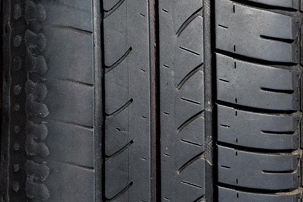 ¿Por qué no son seguros los neumáticos de segunda mano?