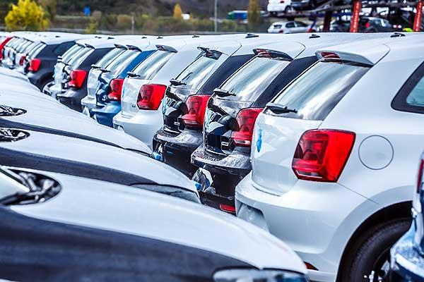 Las ventas de coches y visitas al taller caen en picado