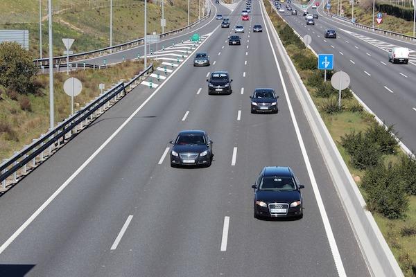 Distancia de seguridad y carril izquierdo, asignaturas pendientes