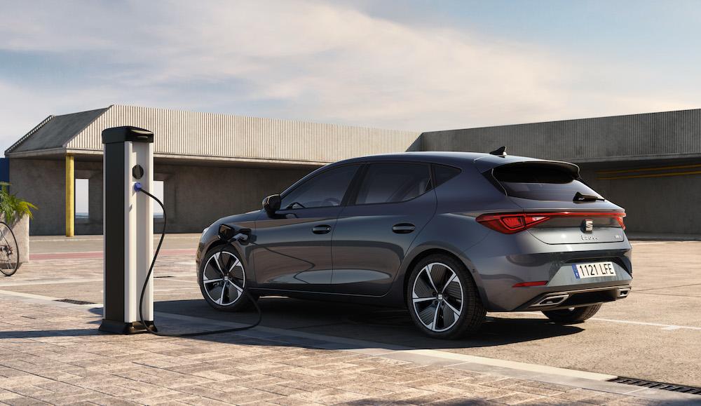 Seat León e-Hybrid, su primer híbrido enchufable de la marca española