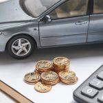 La póliza del coche es un 44 % más barata con un corredor de seguros